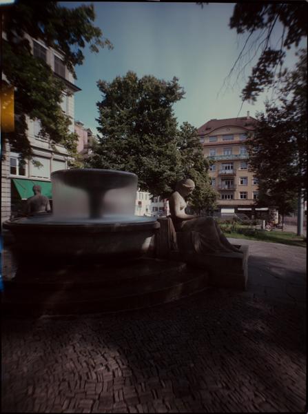 http://rownakbose.ch/files/gimgs/37_20130829-k2-waldmannplatz-1.jpg